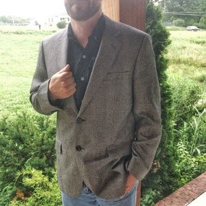 Jos A Banks Men's Houndstooth Sports Coat 42R